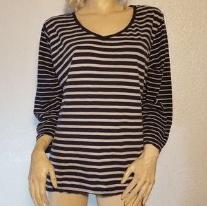 Avenue women top plus size 22/24 blue and gray